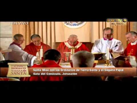 Presentación de las Ofrendas en Misa con el Papa Francisco en el Cenáculo
