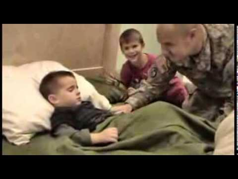 Soldier Dad Returns From Iraq For
