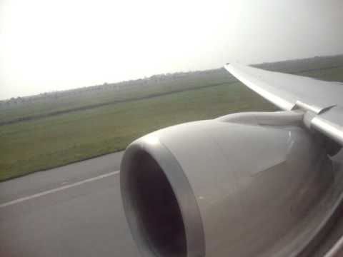 Pure Power ETIHAD AIRWAYS B777 300ER Take off Turn up the volume