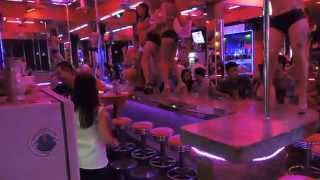 hot young Thai girls in phuket bar (18-21 yrs) old