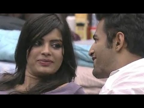 Bigg Boss Season 8 - Sonali Raut And Upen Patel Spotted In This Position