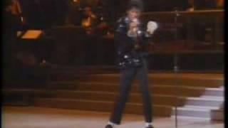 Dailymotion - Michael Jackson - Billie Jean (Motown) - une vidéo Amis et Famille.flv