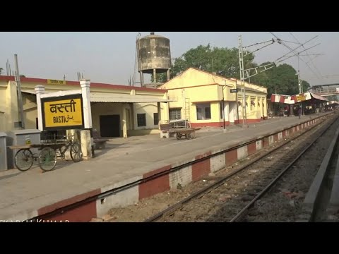 Xxx Mp4 Gorakhpur Lucknow Intercity Express Arriving At Basti Railway Station 3gp Sex