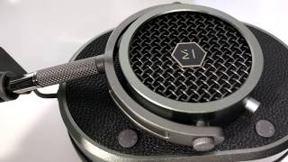 Master and Dynamic MH40 Over-Ear Sealed Headphones