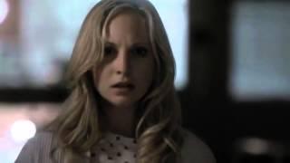 Caroline Forbes se transforma en vampiro Latino HD