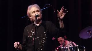 Strawbs -  The Familiarity of Old Lovers, Sellersville Theater, 11/10/2017, Early Show