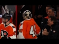 Download Lagu Fans boo refs for ruining feel-good moment for Flyers back-up goalie