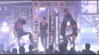 Adam Lambert - For Your Entertainment (Live @ AMA 09)