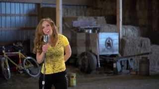 "Best New Country Artist - Larissa's ""I Feel Yellow"" Video"