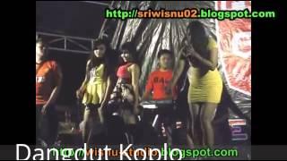 POKOKE JOGET   Dangdut Koplo Hot Syur Seksi [Live Purwokerto 2015]