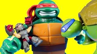 Teenage Mutant Ninja Turtles TMNT Micro Mutants Turtle Village Raph Puts Super Shredder In Jail