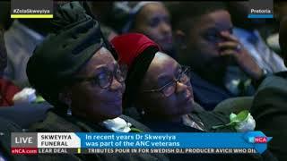 Nkosazana Dlamini-Zuma pays her respects to the late Zola Skweyiya