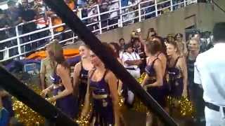 cheerleaders' dance during kkr vs mi