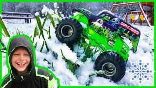 Monster Trucks For Children in the Snow!