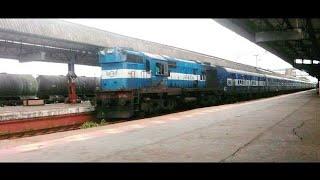 Offlink!! Kerala samparka kranti with Ratlam WDM3A : Indian railways