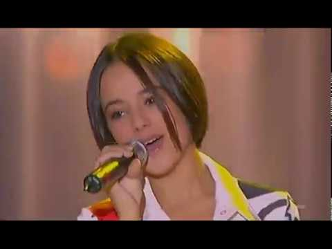 Alizée Gourmandises Live 2001 12 2 Les petits anges de Noël Children s Show France 2