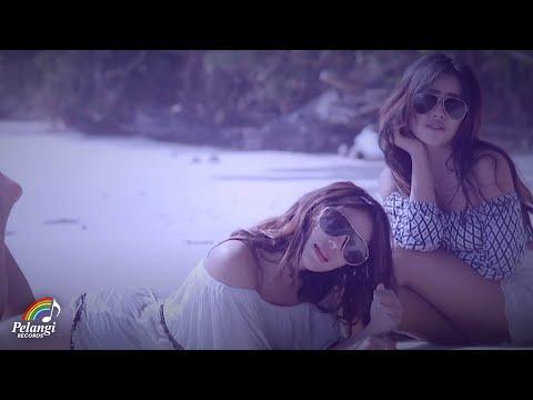 Dangdut - Duo Biduan - Telolet (Official Music Video) Soundtrack Orang Orang Kampung Duku