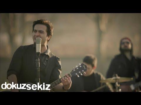 Pera Sensiz Ben Official Video