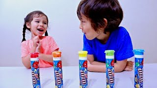 Learn Colors with Candy and Magic Color T-Shirts for Toddlers and Children