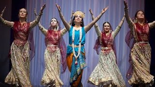 Russian girls performing Kathak - Indian Classical Dance by Svetlana Tulasi & Chakkar group