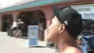 SINGIN TO GIRLS IN BIKINIS!!!