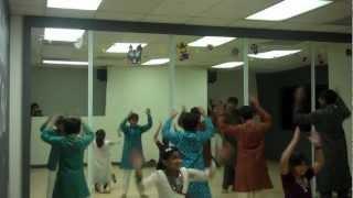 AMNA Dance AAD Orange Ages 8-11 (Oct 10, 2012) Madhubala Hey Girl Medley