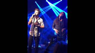 Playing With Fire Thomas Rhett Feat Jordin Sparks Live