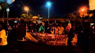 Beringas Diluar Gedung DPR - Demonstrasi Menolak Kenaikan Harga BBM