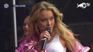 Zara Larsson - Never Forget You (Live At Lollapalooza Chicago 2017)
