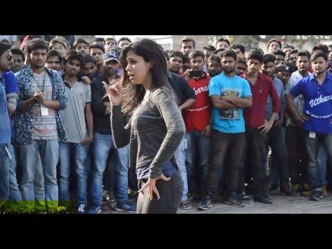Hot Girl Dance | Lucknow University UTKARSH Fest