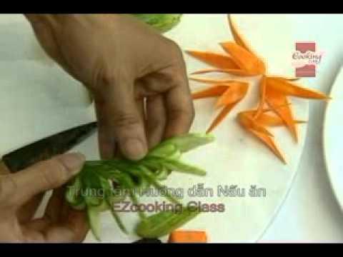 Học cắt tỉa đơn giản từ cà rốt và dưa chuột