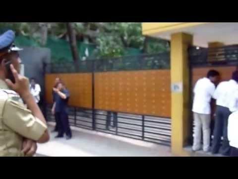 Yash Chopra Dies - Paying Tribute Outside Yash Raj Studios