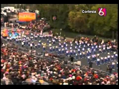 Banda El Salvador se presenta en Desfile de las Rosas