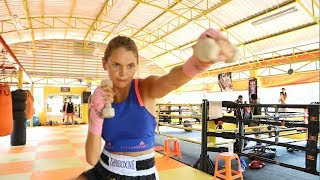Fighters & beginners Training in Thailand at 7 Muay Thai Gym