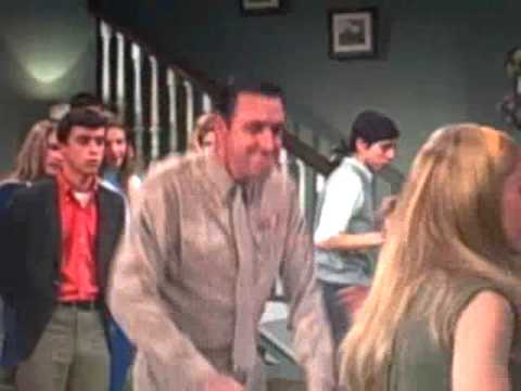 Gomer Pyle, Dance Party!