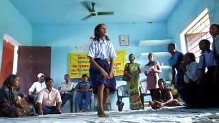 Meena geet - हम मीना मंच की बच्चियाँ