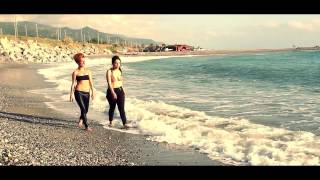 Calabro Project ft. Lady Chica & Helèna - Welcome To Calabria (Zumpa Zumpa)