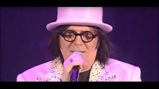 Renato Zero - Mentre aspetto che ritorni- Zeronove tour 2009 (Live - Video ufficiale)