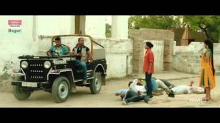 Monalisa - Hot Bhojpuri Exposure!