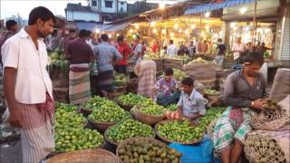Desi Fruits Aroth Very Morning in Karwan Bazar Road Side Dhaka Bangladesh