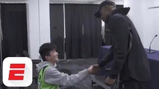 Jimmy Butler keeps promise to fan despite meniscus injury | ESPN