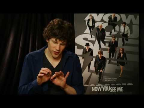 Xxx Mp4 Jesse Eisenberg Does Some Magic From Now You See Me Univision Noticias 3gp Sex