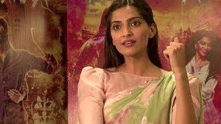 Tum Tak (Video Song Making ) | Raanjhanaa | Sonam Kapoor & Dhanush
