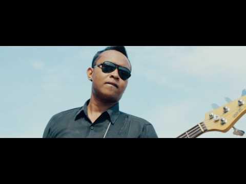 D Gata Band Bali_janji Bagia