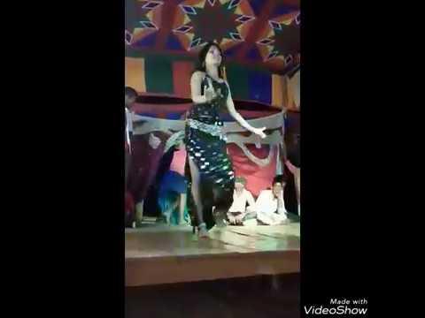 Xxx Mp4 Hot Aunty Dance Aunty Hot Dance In Bhojpuri Song Hot Aunty Dance 3gp Sex