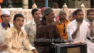 'Ye Tera Karam Hai Khwaja' being performed by Sufi qawwals of India