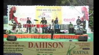 Gujarati Garba Song Navratri Live 2011 - Kalol - Darshna Vyas, Vipul Panchivala - Day-4 Part-4