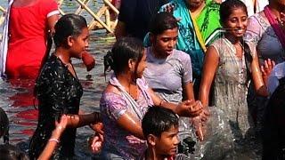 open woman bath | shipra river | shahi snan | simhasth kumbha | snan | ujjain