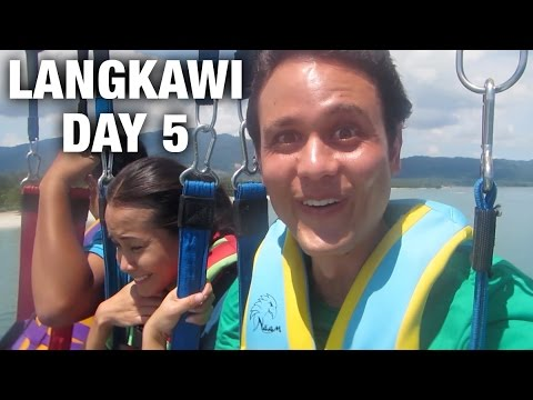 Rice and Curry Parasailing and Sunset Dinner Cruise in Langkawi Day 5