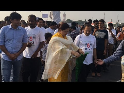 Actor Khushboo Flags Off Walkathon In Chennai